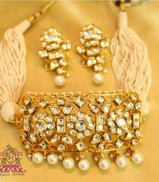 Buy Royal kundan & Pearl Choker Necklace Set  punjabi-jewellery online