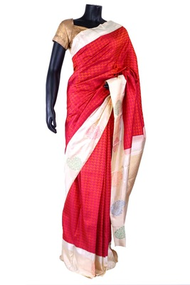Red pure silk weaved saree with white zari weaved pallu & cream blouse-SR5318
