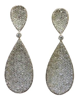 Vatika beautiful american diamond earring