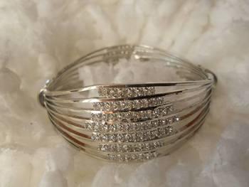 Silver Finish Bracelet-080136