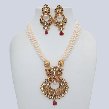 Long Queenly Necklace Set