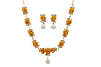BEAUTIFUL FLOWER CORAL NECKLACE SET WITH EARRINGS (SAFFRON) -