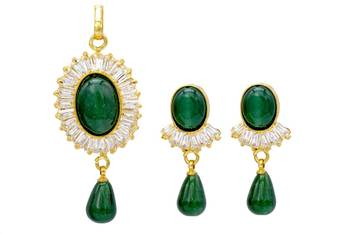 ELEGANT STONE SETTED OVAL LOCKET SET WITH EARRINGS (GREEN)   -