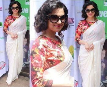 White plain chanderi saree with blouse
