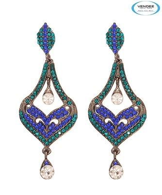 Vendee-Unique fashion diamond earring (6369 B)