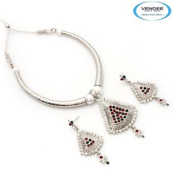 Vendee-Latest fashion designer party wear diamonds Necklace set (6852)