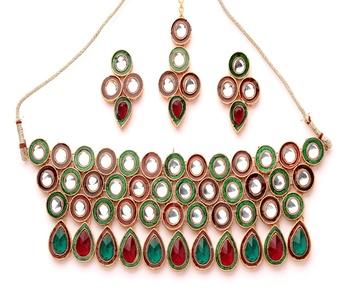 Rich Kundan Necklace Set