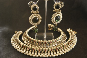 Maroon & Green colour Kundan Anklets & Green colour Earrings