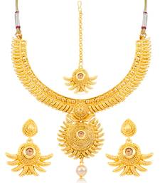 Buy Sukkhi Incredible Gold Plated Choker Necklace Set for women necklace-set online
