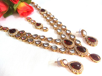 Maroon Double line kundan necklace set