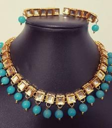 Buy Gold Polished Square Kundan Necklace Set with Turquoise Beads necklace-set online