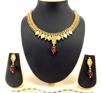 Gold Emerald   necklace-sets