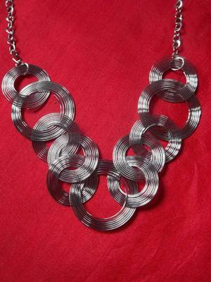 dull silver multi circled metal necklace