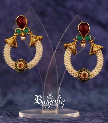 Royal Polkis Round Earrings, Gemstones Studded