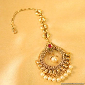 Antique Ruby & Pearl Maang Tikka