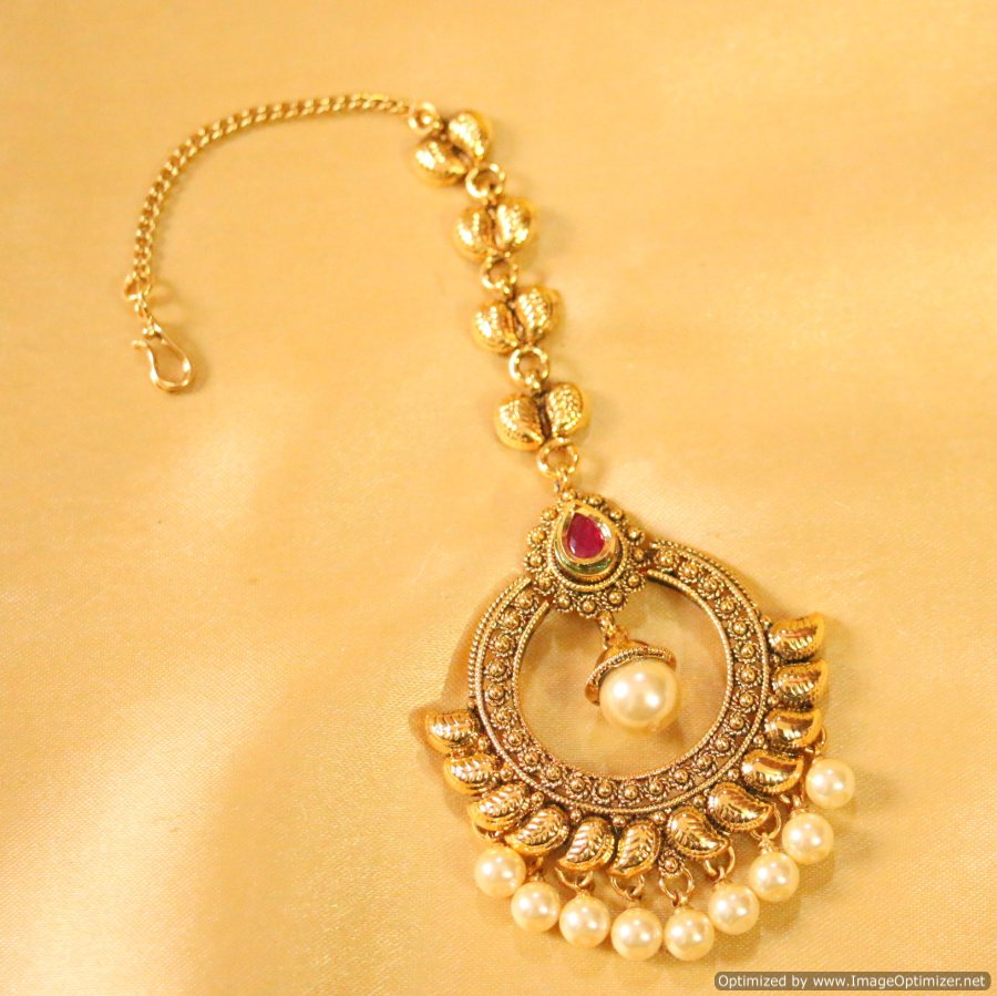 Golden maang tikka designs bridal jewellery bridal maang - Golden Maang Tikka Designs Bridal Jewellery Bridal Maang 15