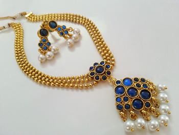 Beautiful Blue Neck Choker with a set of Lovely Earrings