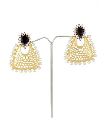 Sihiri Pearly Mesh Earrings