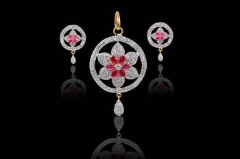 Beautiful Red pendants for Indian women