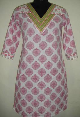 Pink coloured kurti
