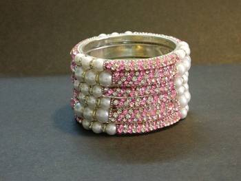 Sparkly Pink Color Bangles with White Pearl
