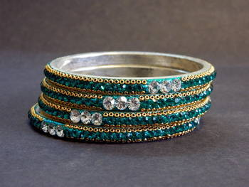 Discover new fashion Bangle SIZE 2.8
